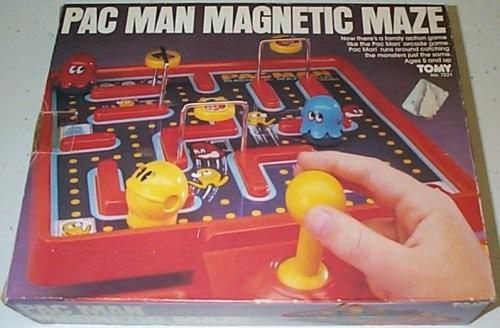 Pac Man Magnetic Maze